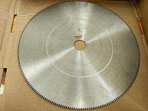 Blecher пилы дисковые фрикционные